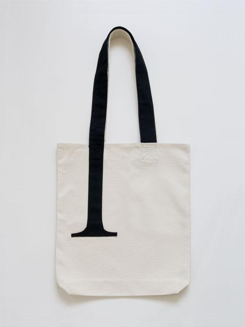 Serif Tote Bag | Little Factory