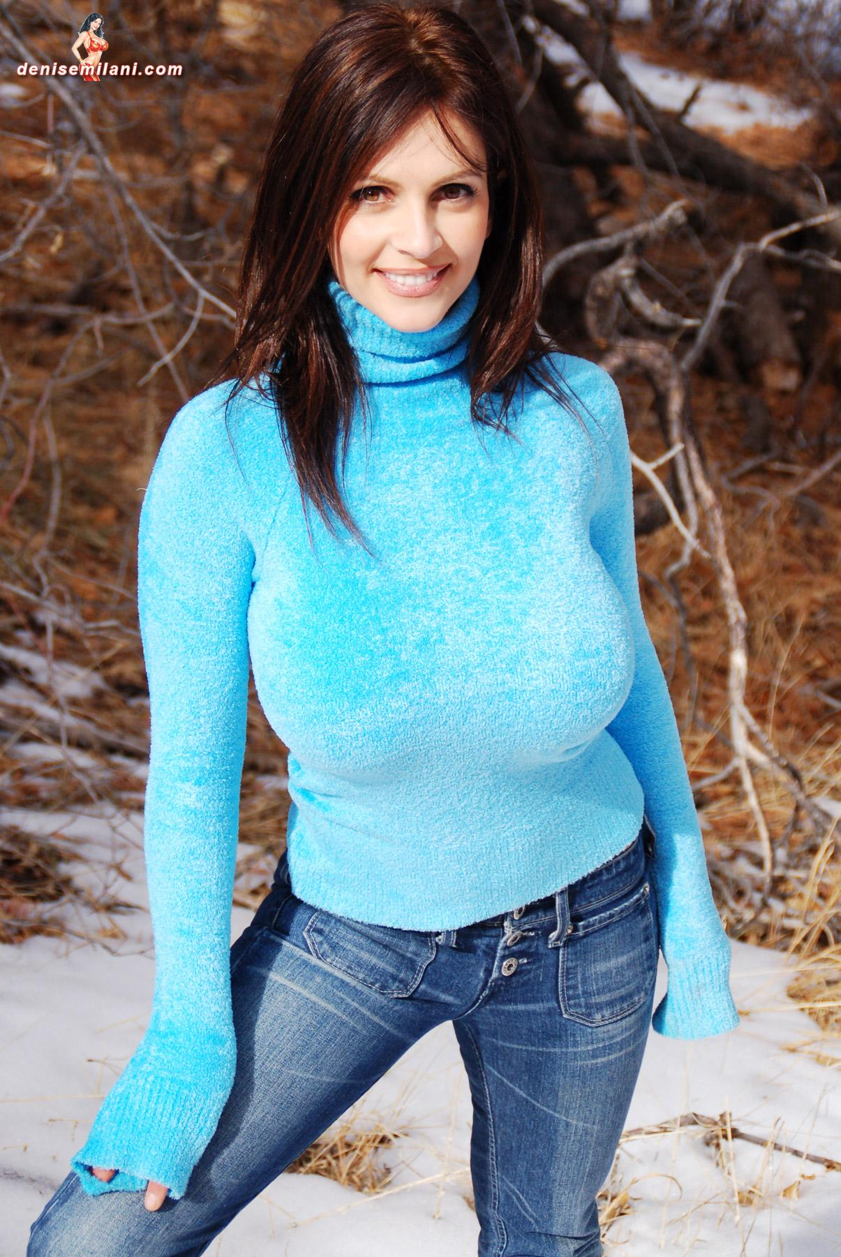 Google Image Result for http://4watching.com/tgp/denise-milani/big-bear/8.jpg