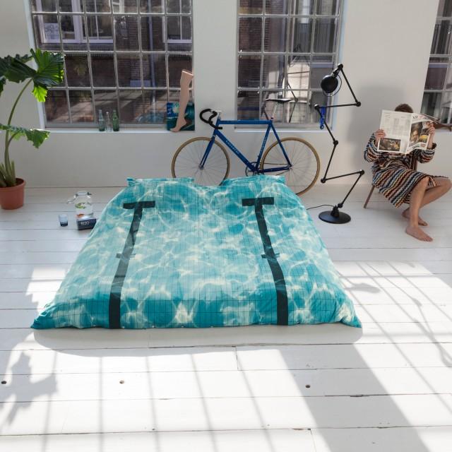 Swimming Pool Bed Concept – Fubiz™