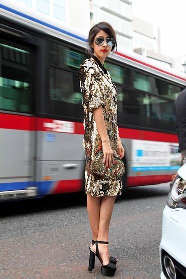 Dolce & Gabbana Dress, Chanel Sunglasses, Prada Shoes //