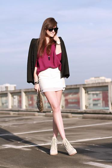 Hm Trend Leather Skirt, Zara Sequin Bag, Alexander Wang Boots, Celine Sunglasses //