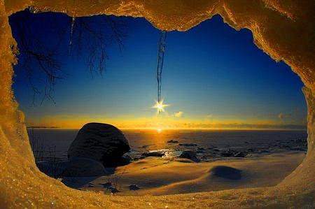 Snowy window at sunrise - Sunsets Wallpaper 965887 - Desktop Nexus Nature