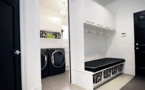 Interior / Oversized laundry