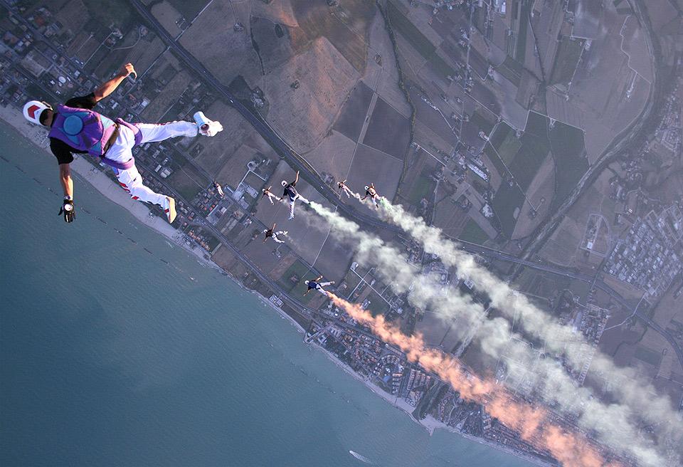 geronimo-skydiving.jpg (960×656)