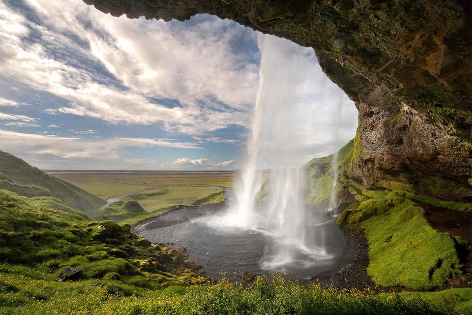 iceland-waterfall.jpg (960×640)