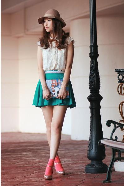 Teal Chicwish Skirts, Ivory Chicwish Vests |