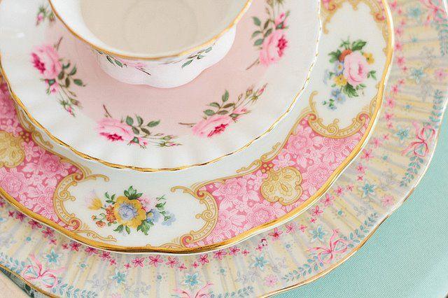 Shabby Chic Plates | Shabby Chic | Pinterest