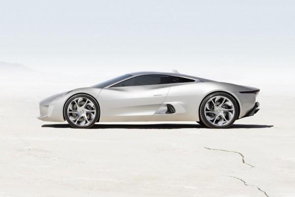 Official: Jaguar C-X75 Hybrid Supercar goes into Production: Wallpaper Jaguar C-X75 Hybrid Supercar side view on desert | Roogio.com