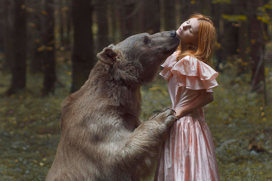 Russian Photographer Katerina Plotnikova Takes Magical Photos With REAL Animals