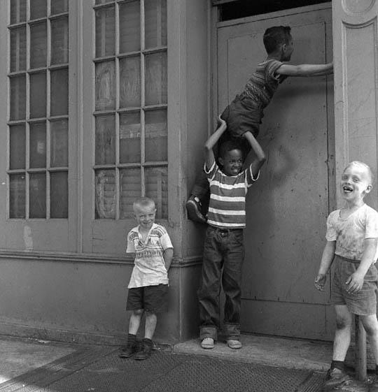 Zwart-wit foto's van New York in de jaren '50 « Froot.nl