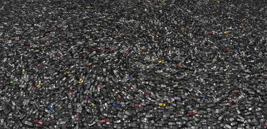 10 Shocking Photos That Will Change How You See Consumption And Waste