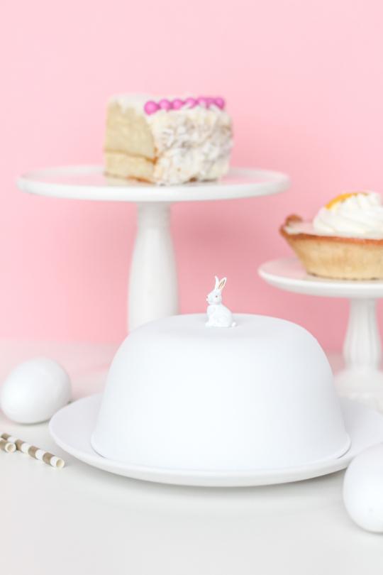 DIY // Figurine Cake Dome