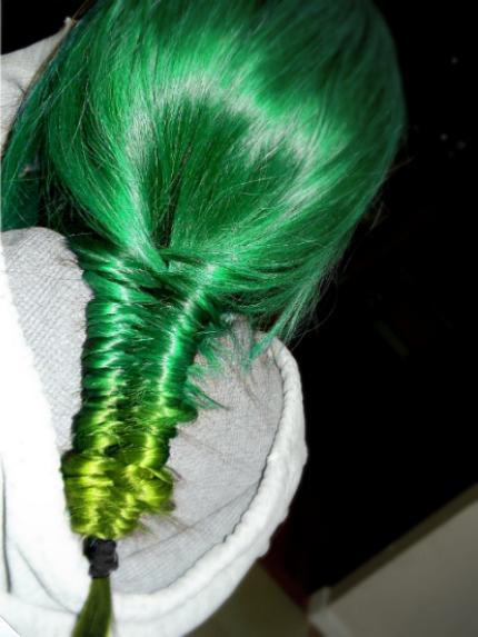 Green hair «