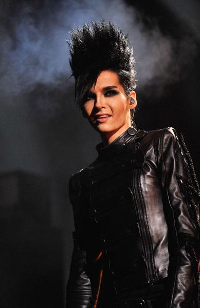 Resultat av Googles bildsökning efter http://swisher.blogg.se/images/2010/bill-kaulitz-at-the-ema-2009-bill-kaulitz-8956361-389-600_77630417.jpg
