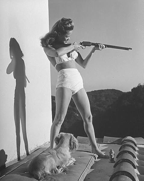 Vintage Photography - Action Rifle Girl | Design.org