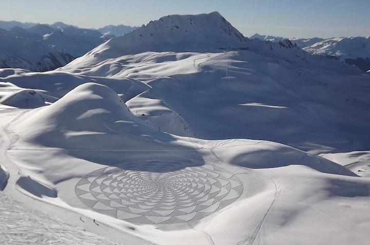 Man Walks All Day to Create Spectacular Snow Patterns - My Modern Metropolis