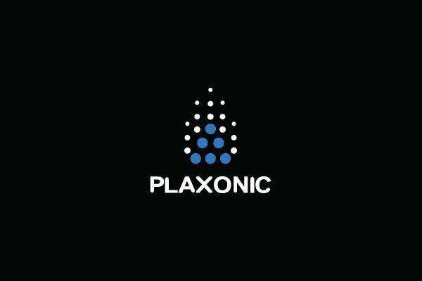 Plaxonic.com - Logos - Creattica