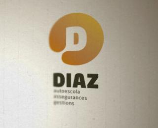 Diaz - Logos - Creattica