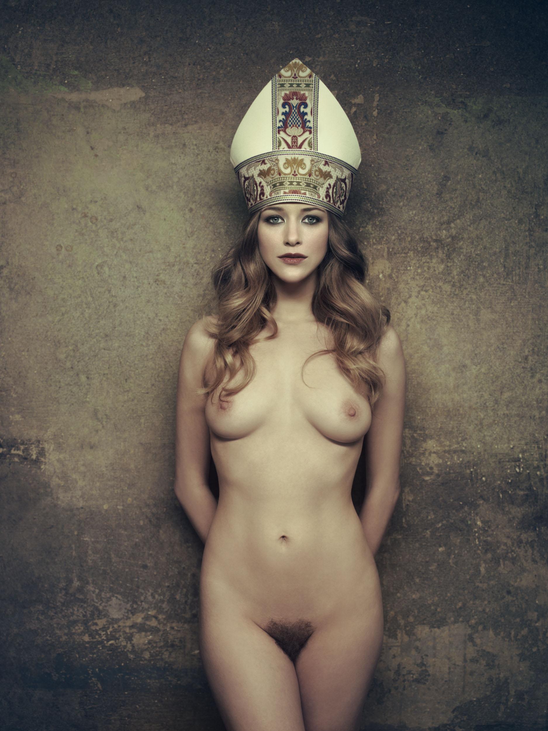 Ретро грудастые царицы 14 фотография