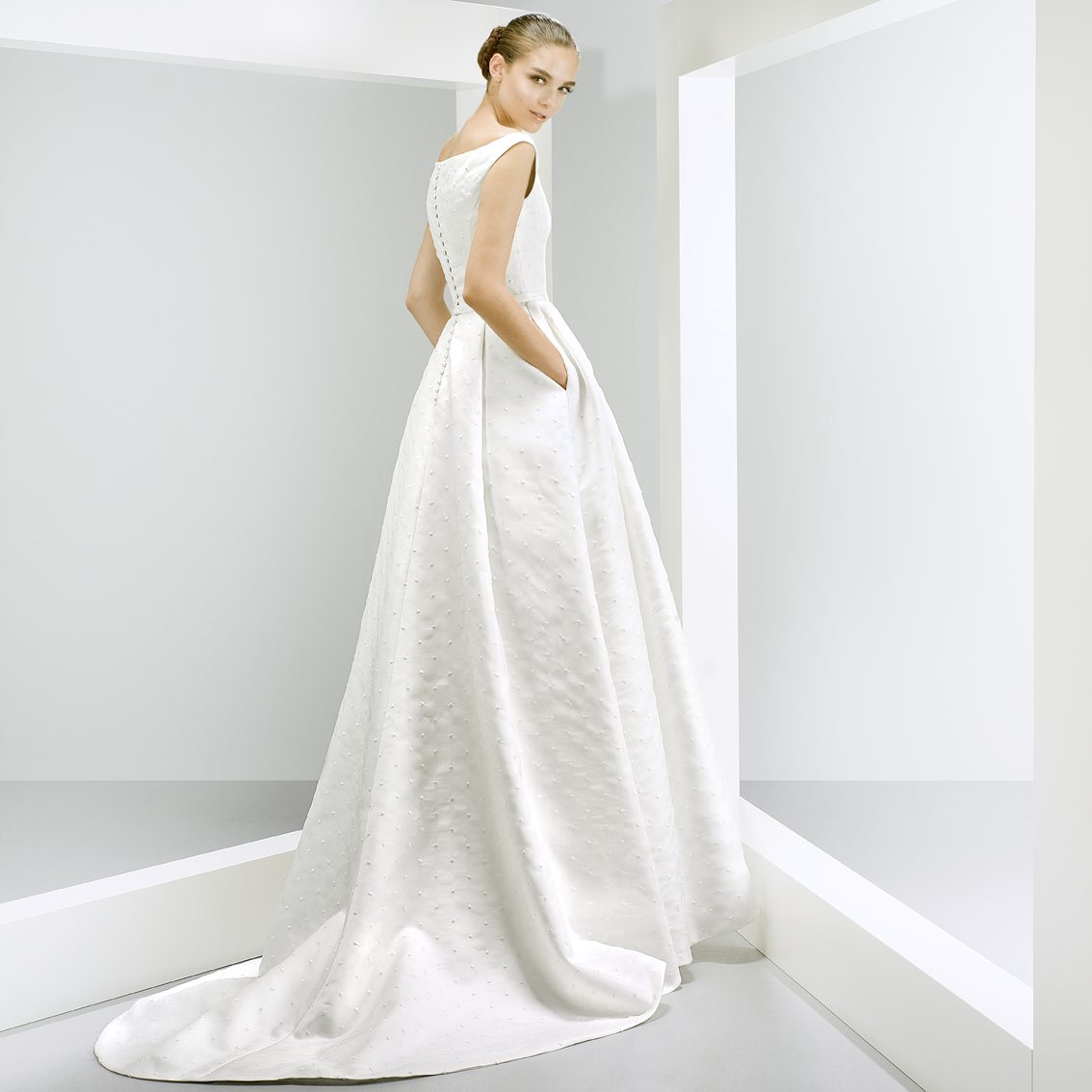 The White RoomJesus Peiro Wedding Dresses | Jesus Peiro Designer Wedding Dresses Gloucester