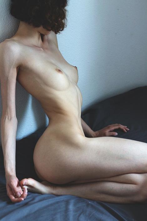 hayley_noire.jpg (470×705)