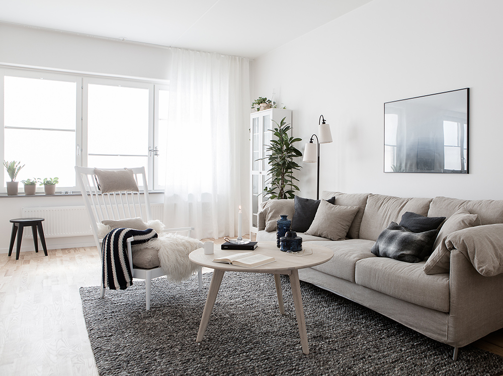 Cozy-and-light-Scandinavian-living-room.-Daniela-Witte.jpg (1000×748)