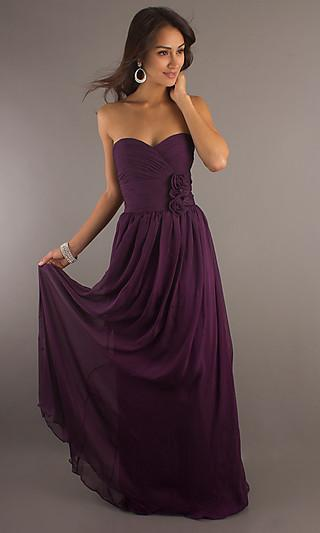 Shop: Classic Long Strapless Sweetheart Gown