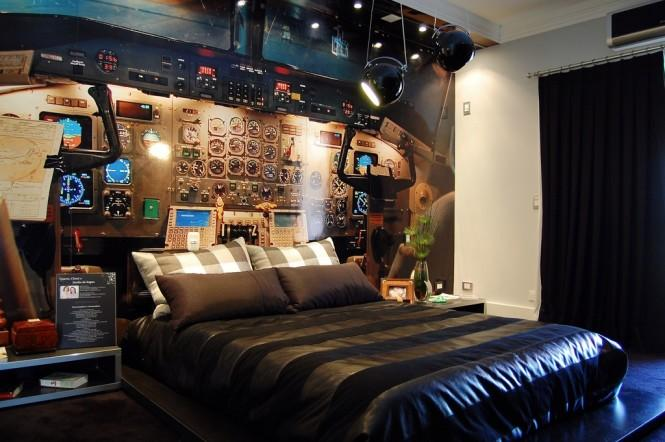 10 Wacky Bedrooms 14 Cockpit bedroom – Interior Design Ideas