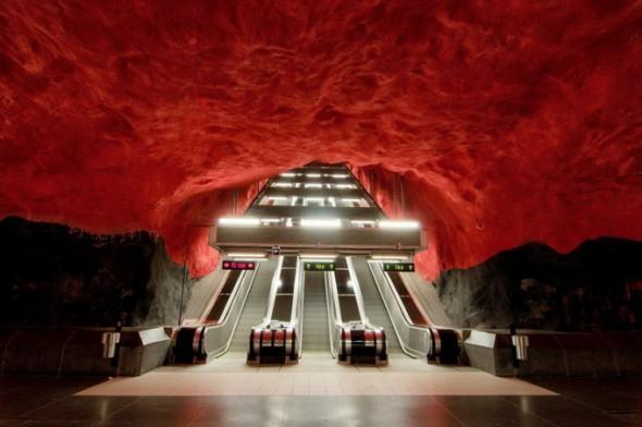 De metro in Stockholm « Froot.nl