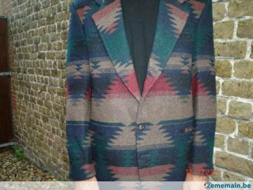 78592357-belle-veste-laine-sheplers-usa-motif-indien.jpg 500×375 pixels