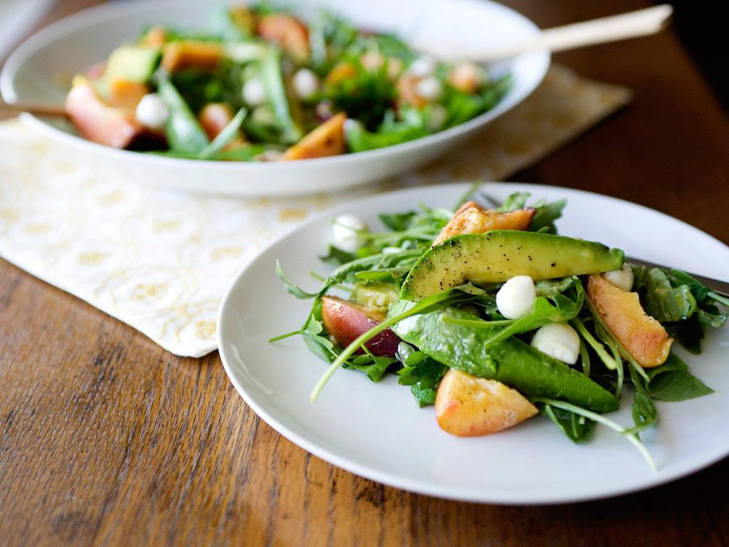 Gojee - Grilled Peach and Avocado Salad