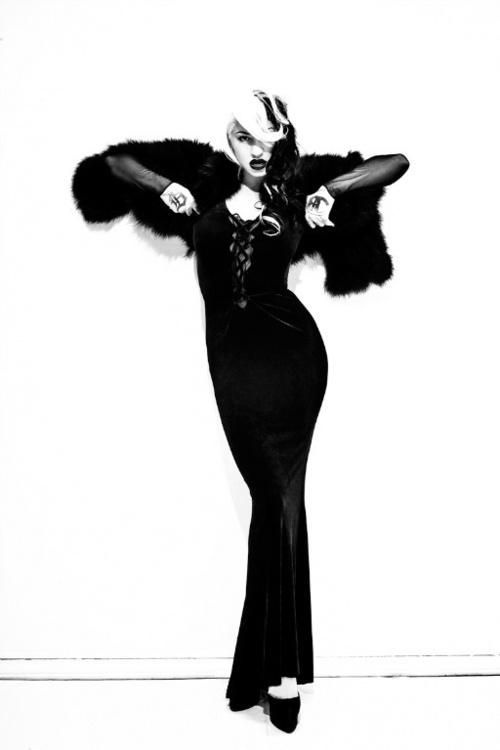 Psychobilly Bride of Frankenstein., Looking for a flaw. Flaw not found.
