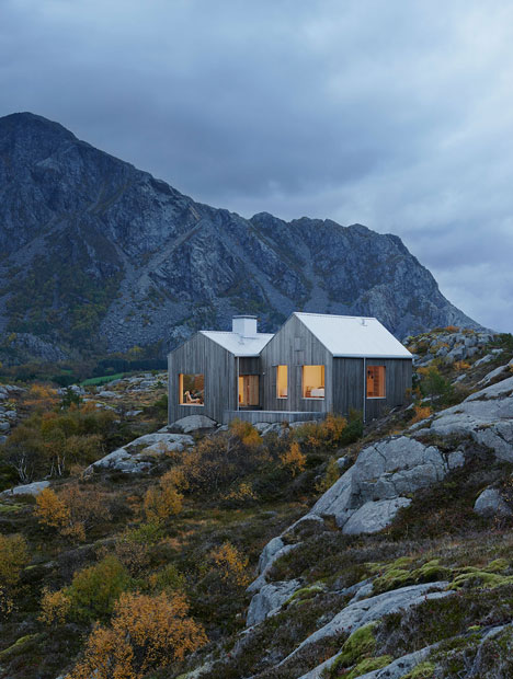 Vega Cottage by Kolman Boye Architects references weathered boathouses on Inspirationde