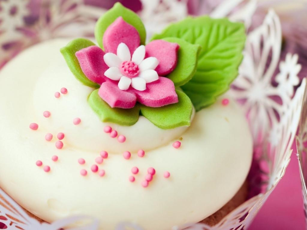 Magicwallpapers.net | Flower Cake 1024x768