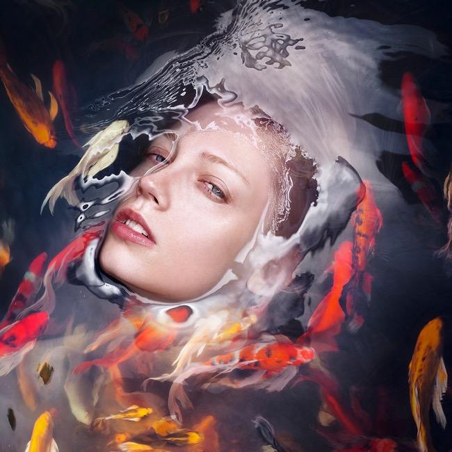 Fascinants Portraits Immergés dans un Ocean de Sérénité