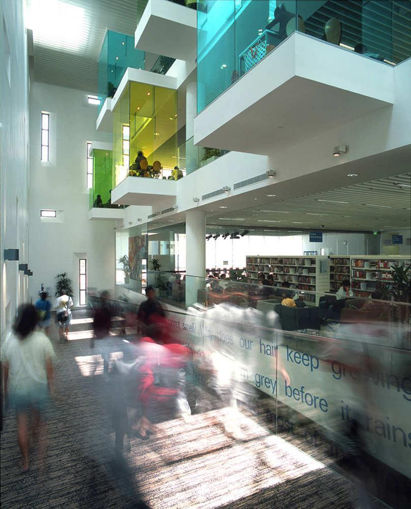 Architecture Photography: Bishan Public Library / LOOK Architects - © Patrick Bingham-Hall (209608) - ArchDaily