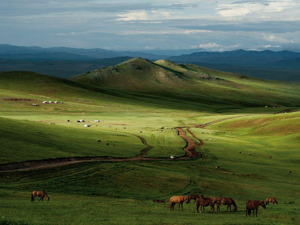Mongolia Picture - Landscape Wallpaper - National Geographic Photo of the Day
