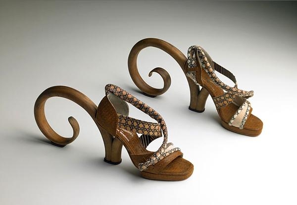 Creative Thonet Shoes by Pablo Reinoso