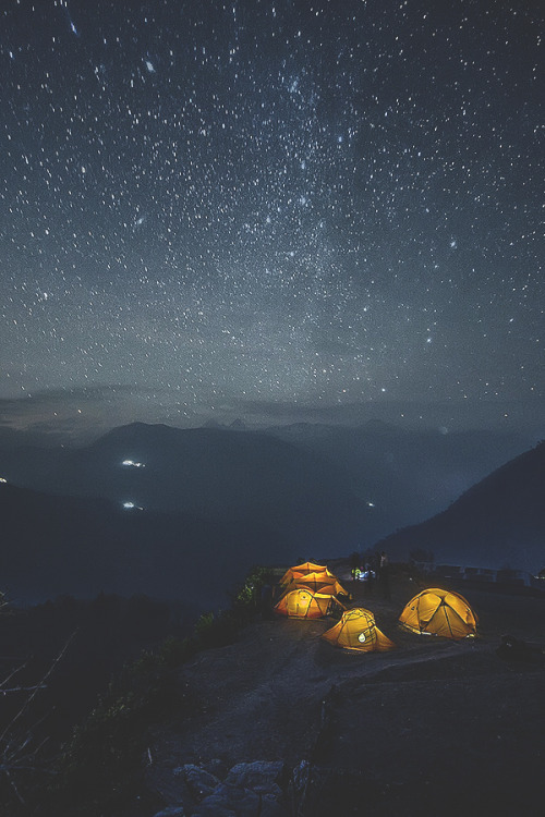 Nepal night star by: Alexander Forik on Inspirationde