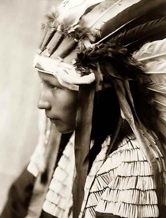 Artstuffs / Image Detail for - http://www.old-picture.com/indians/pictures/Cheyenne-Girl-fe