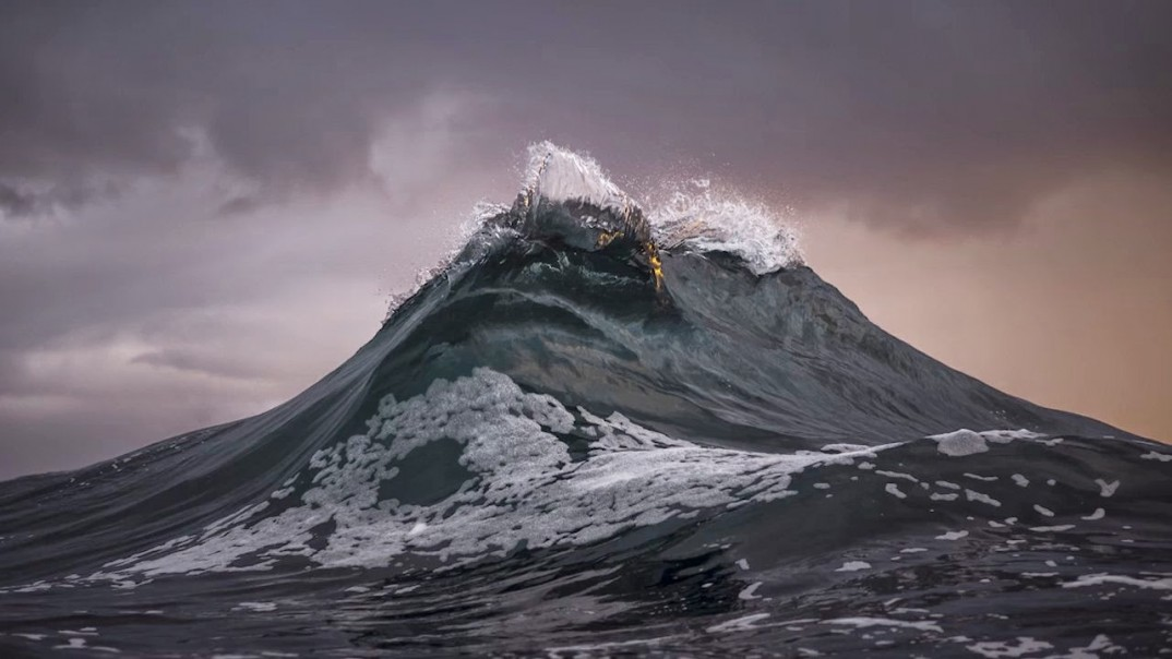 Waves By Ray Collins - THEINSPIRATION.COM