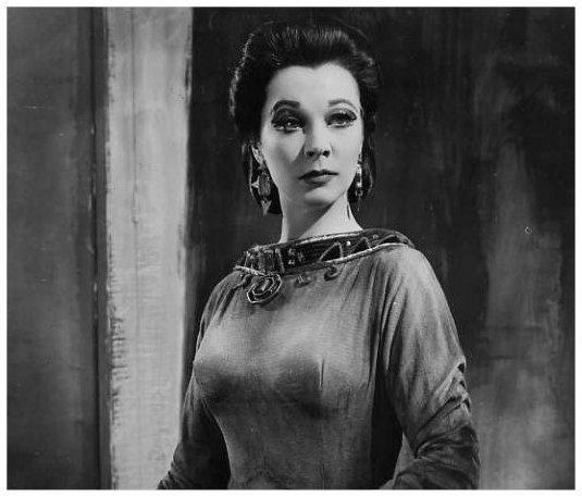 Image Detail for - http://images2.fanpop.com/images/photos/5800000/Macbeth-vivien-leigh-5855826-535-457.jpg