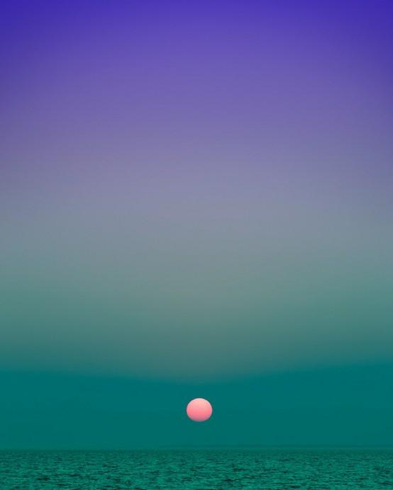 Photography and Imagery / New York-based photographer Eric Cahan captures long, vertical shots of beautifully multihued horizons in his ongoing work entitled Sky Series.