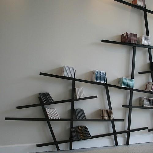 Simplicity / Mikado bookshelf, It's like your books are floating away from the wall.