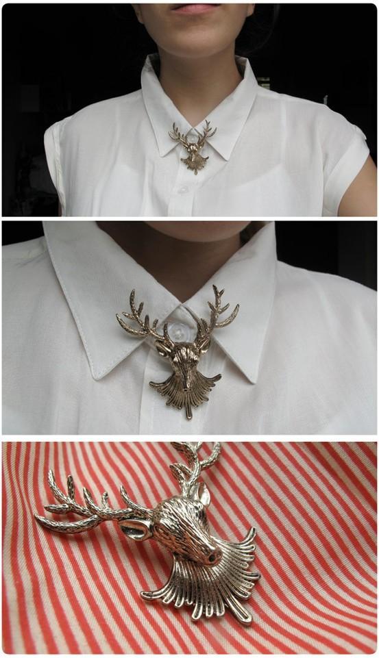Fun fashion / deer head brooch