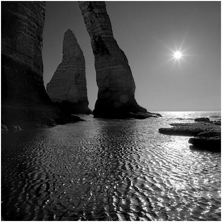 Etretat (Normandie): Photo by Photographer Gérard Laurenceau - photo.net