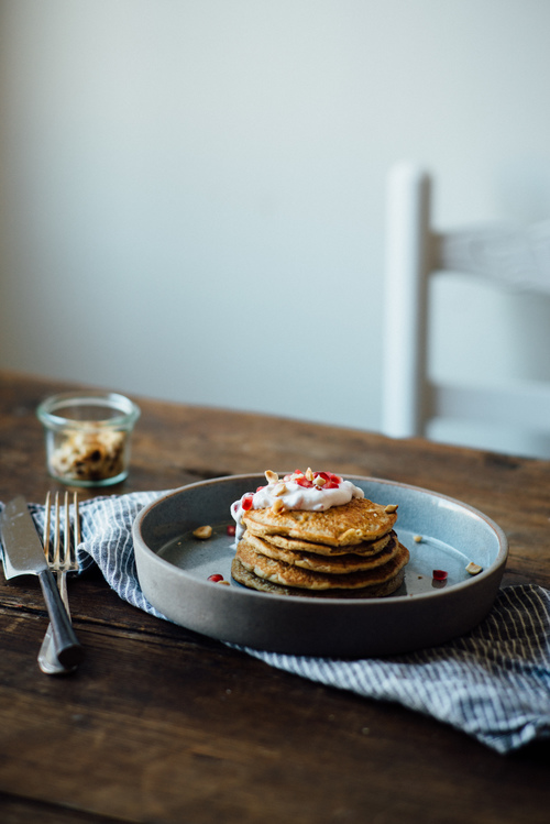 revelatory oat pancakes w/ pomegranate yogurt (gluten + dairy free) — dolly and oatmeal