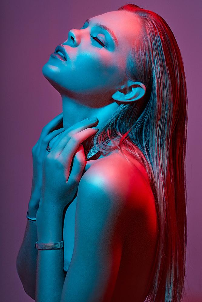 Oxana x Bambi Magazine - ShockBlast