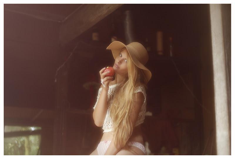 Vivienne Mok Photography: Valentina, Paris
