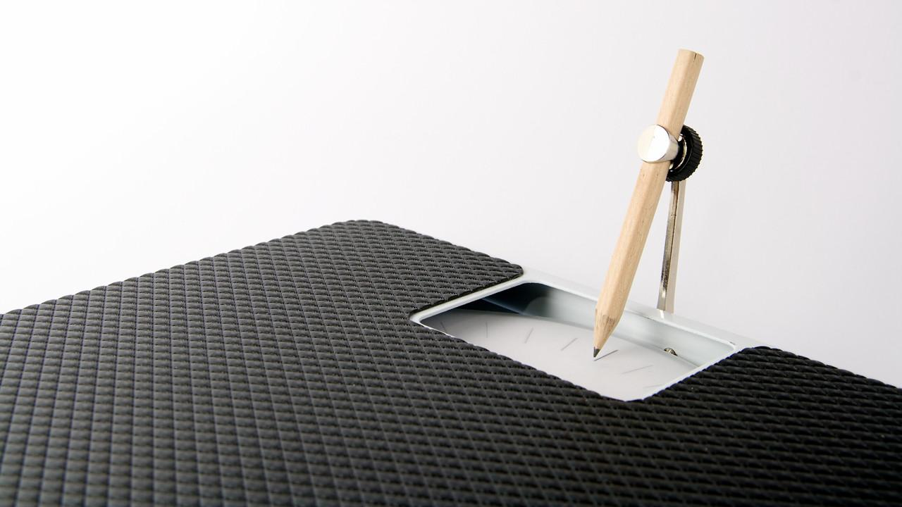 A Scale That Sketches Your Weight Like Rings In A Tree | Co.Design: business + innovation + design